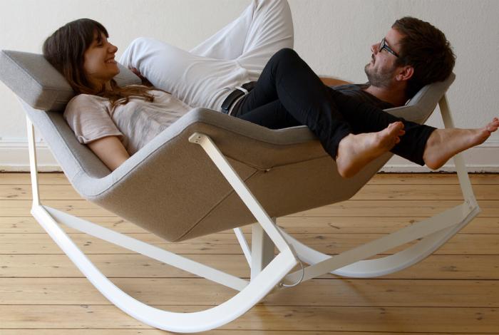 Кресло-качалка для двоих.