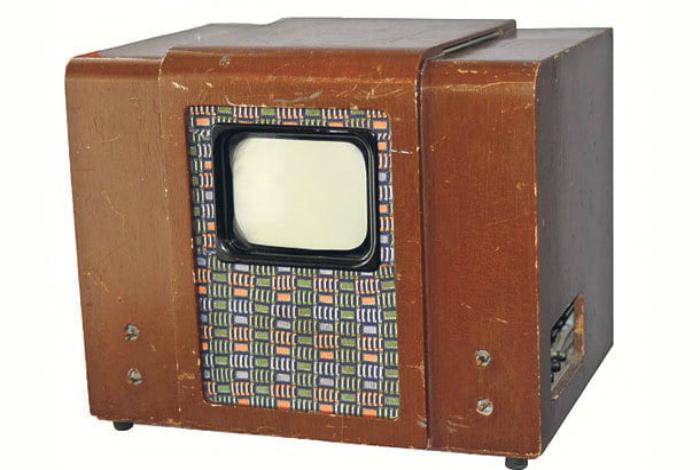 Телевизор «КВН-49».