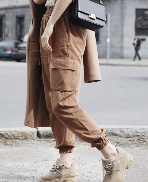 Удобные брюки карго. | Фото: Lady For Lady.