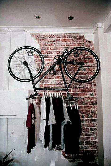 Вешалка из велосипеда.