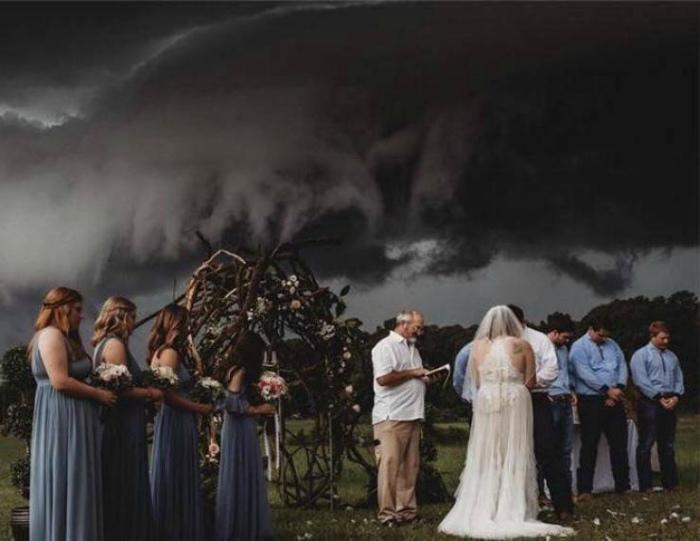 Кажется, даже природа против... | Фото: Izismile.com.