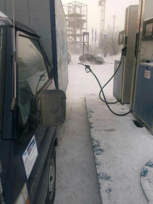 По мнению Novate.ru, на северных заправках работают призраки. | Фото: Pplware - Sapo.