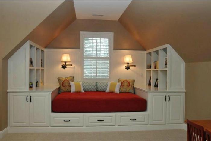 Встроенная спальня.