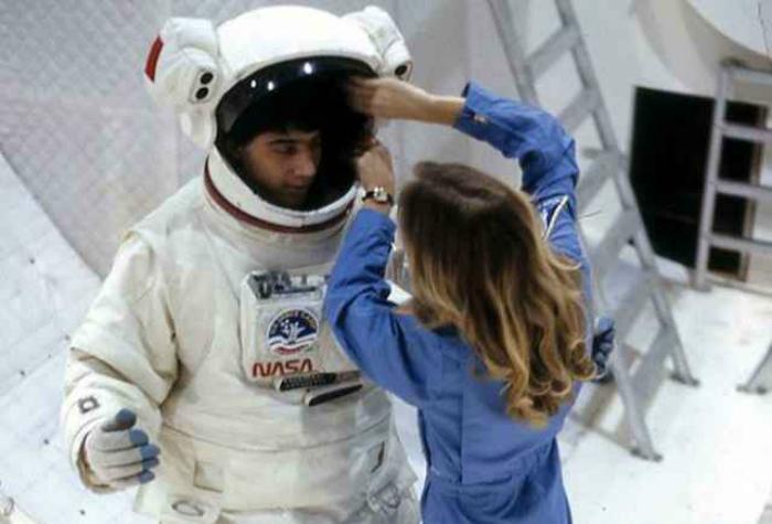 Лагерь, который предлагает почувствовать себя настоящим космонавтом и провести три дня на космической станции.