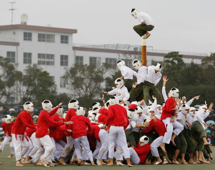 Бо-таоси или «Повали столб». | Фото: Экстремальные виды спорта.