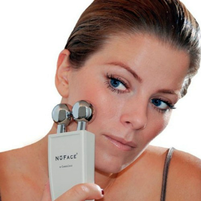 Прибор для скульптурирования лица NuFace Trinity Facial Toning Device.