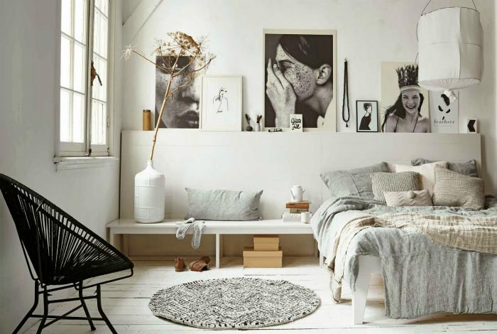 Светлая спальня в скандинавском стиле.