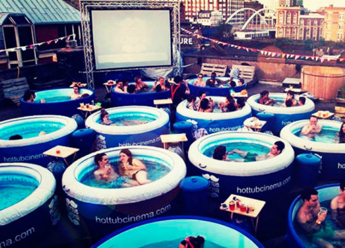 Hot Tub Cinema, Лондон, Англия.