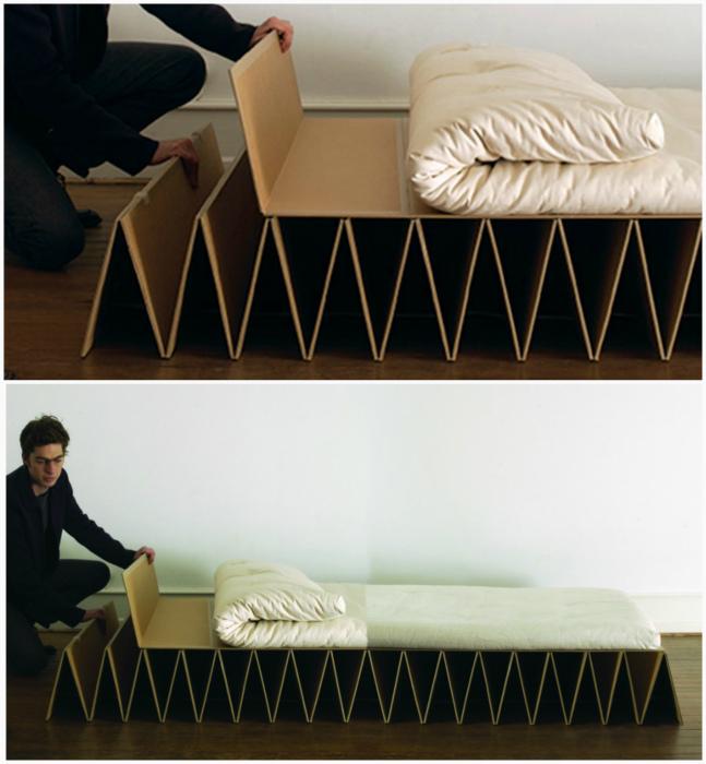 Спальное место в виде гармошки.