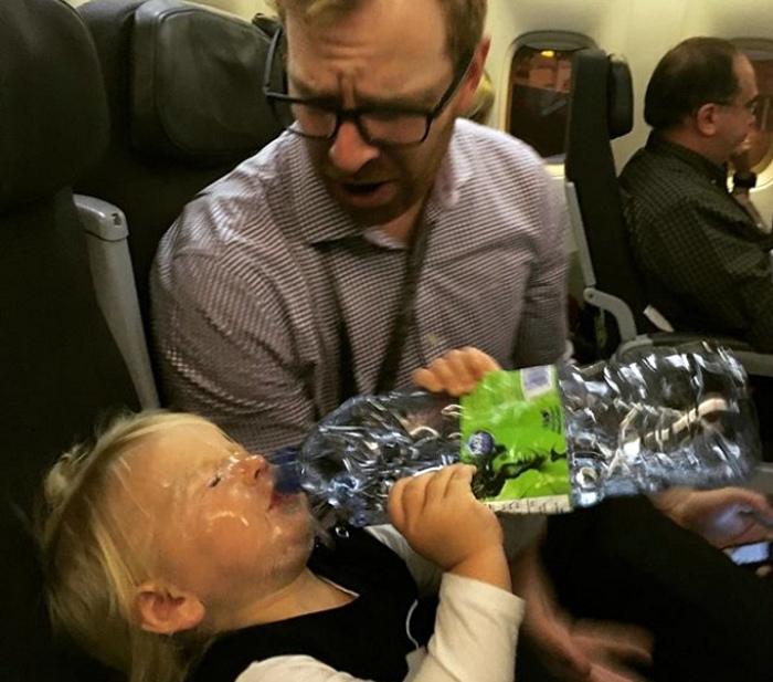 В руках некоторых отцов даже бутылка с водой превращается в оружие.