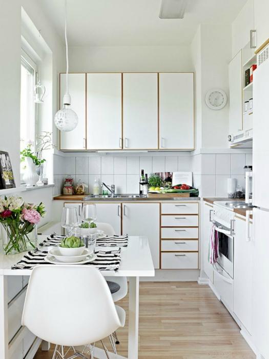 Белоснежная кухня в скандинавском стиле.