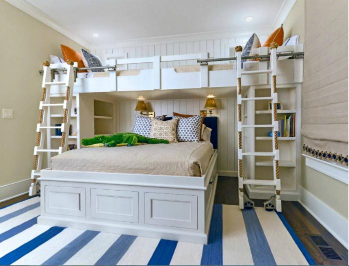 Тематическая спальня с двухъярусной кроватью.