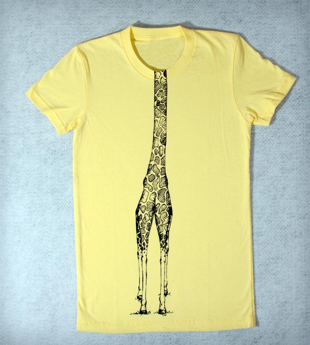 Тематическая футболка для сестры. | Фото: BlazePress.