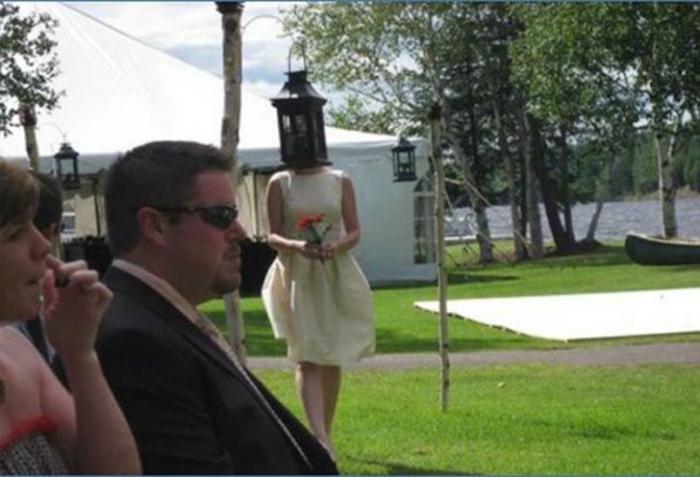 Очаровательная подружка невесты.