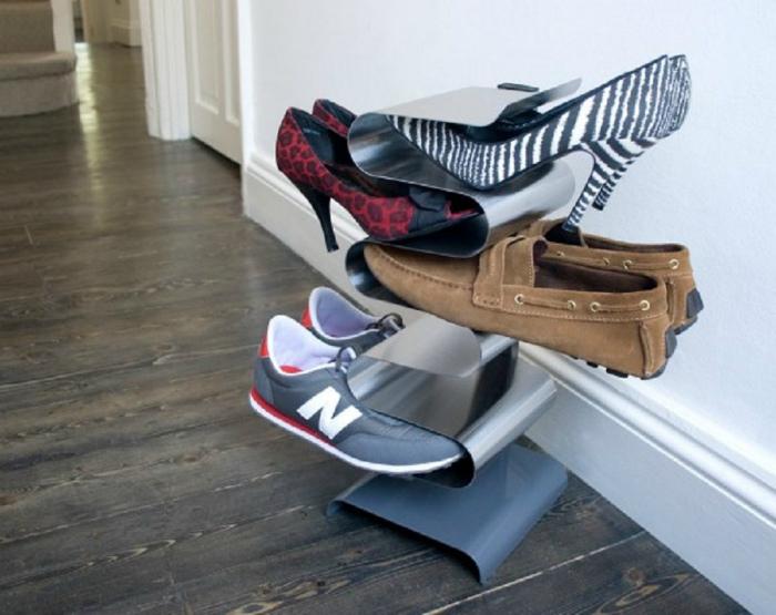 Двухсторонняя подставка для обуви.