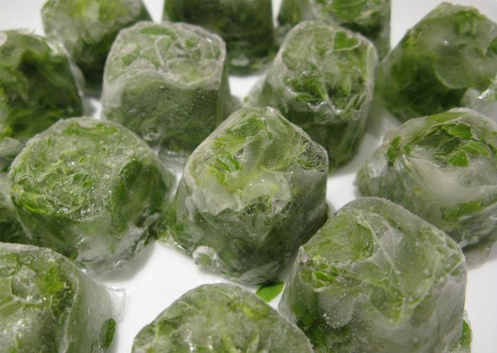 Травяной лед для умывания.