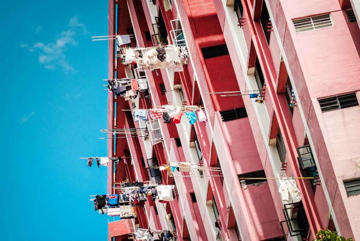 Сушка белья на палках. | Фото: Ofigenno.