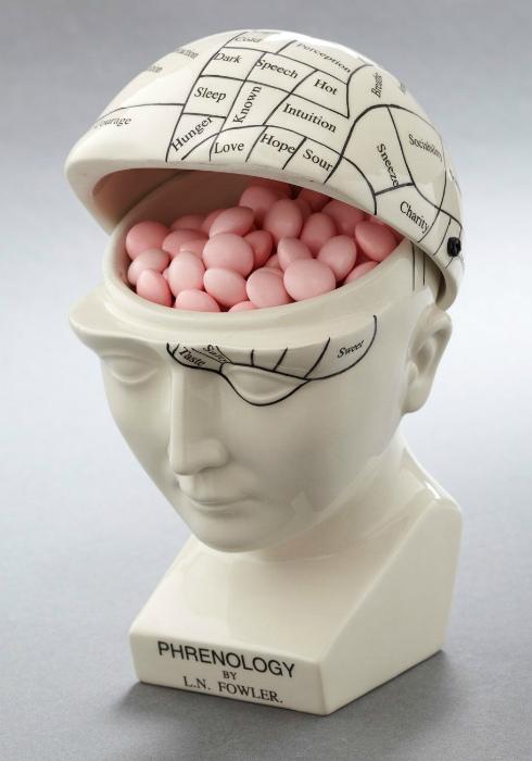 Дизайнерская ваза для сладостей. | Фото: Pinterest.
