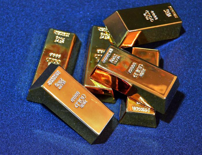 Ничего необычного, просто контрабанда золота.