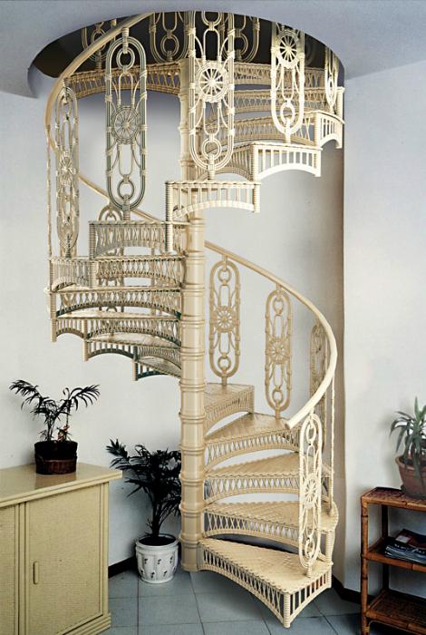 Лестница в винтажном стиле.