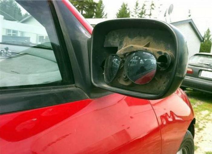 Ремонт бокового зеркала.