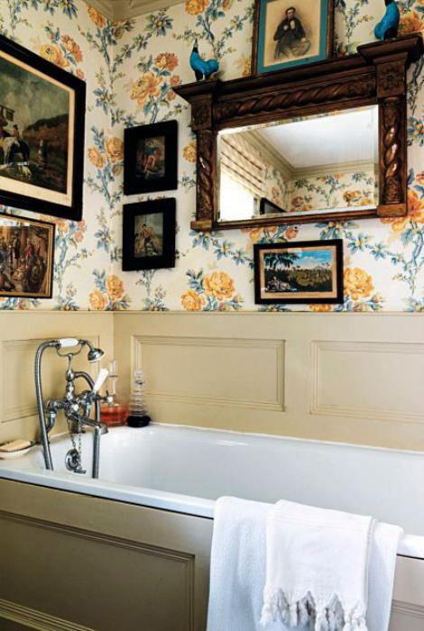 Ванная комната в винтажном стиле.