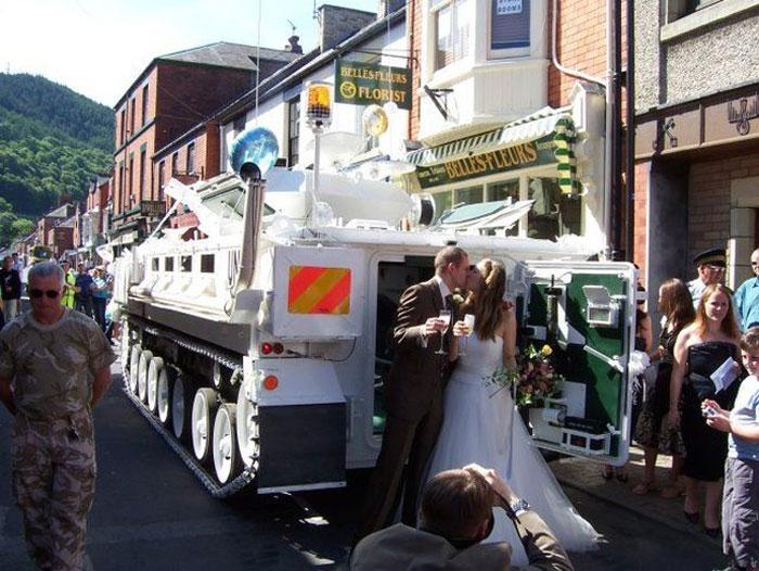 Свадебный танк.