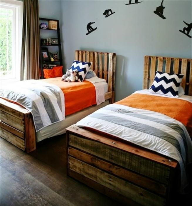Детские кровати из паллет.