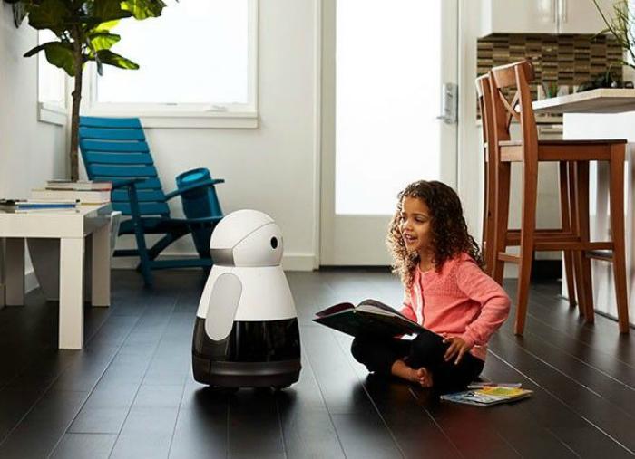 Робот-помощник Kuri.