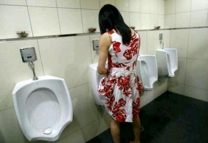 Типичная ситуация в тайском туалете.