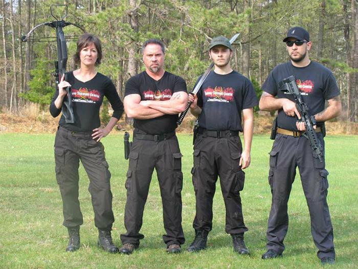 Лагерь, где квалифицированные преподаватели будут давать отдыхающим уроки выживания, обучать боевым искусствам и стрельбе.