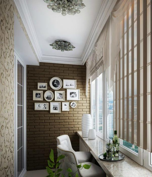 Балкон с элементами дворцовой роскоши. | Фото: house-biz.com.ua.