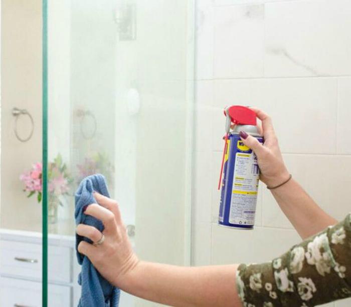 Средство для мытья стекол. | Фото: Pinterest.
