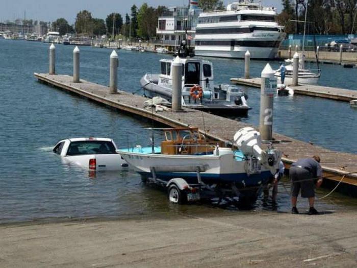 Главное, что лодку недалеко нести.