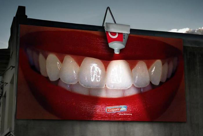 Отбеливающая зубная паста.