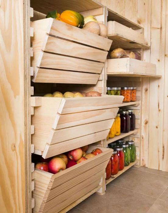 Стеллаж для хранения овощей. | Фото: Яндекс.