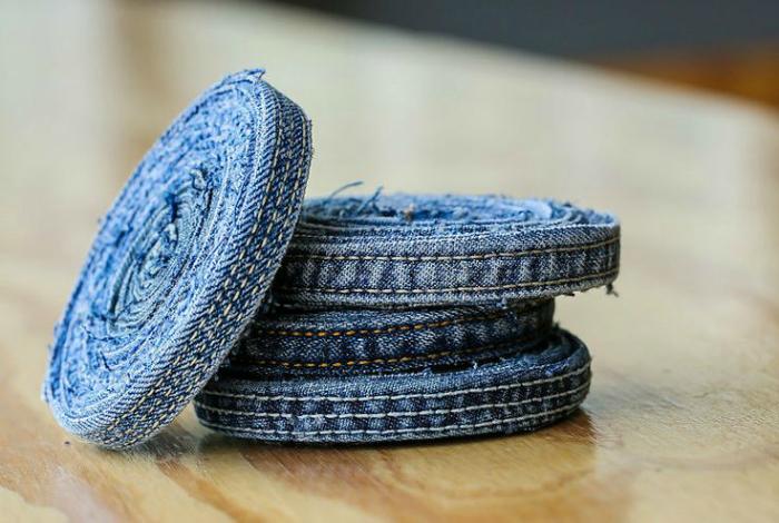 Оригинальные джинсовые подстаканники, которые пригодятся на кухне.