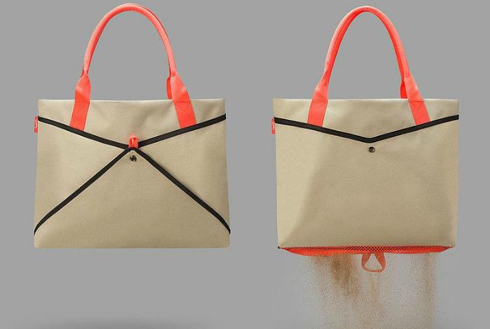 Вместительная пляжная сумка с сетчатым дном, в которой не задержится песок.