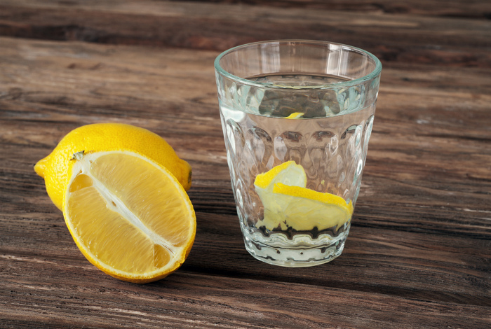 Лимон против пота. | Фото: Zelfmaak ideetjes.