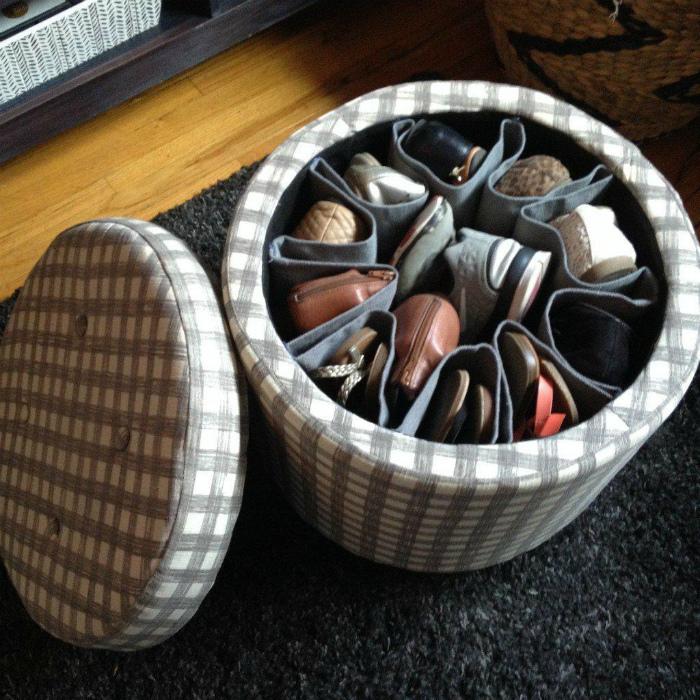 Ящик для обуви в пуфике. | Фото: Архидея.