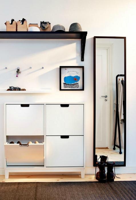 Встроенный шкаф для обуви. | Фото: Devious Maids.