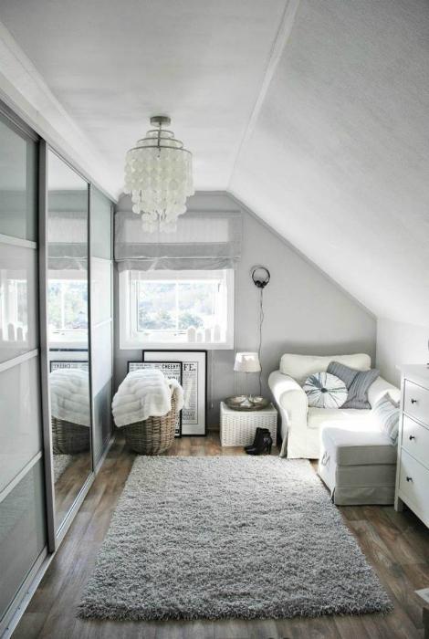 Минималистичный интерьер спальни.