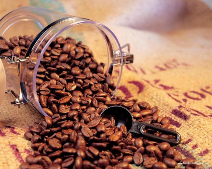 Хранить кофе в открытой упаковке.