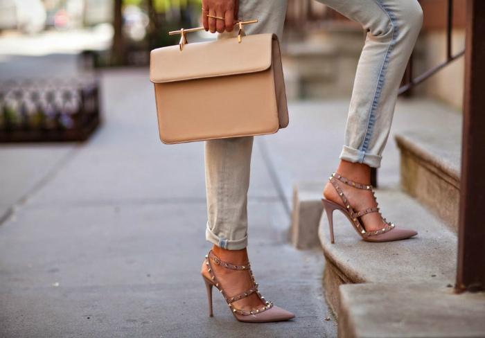 Сумочка под цвет обуви. | Фото: Итальянская обувь.