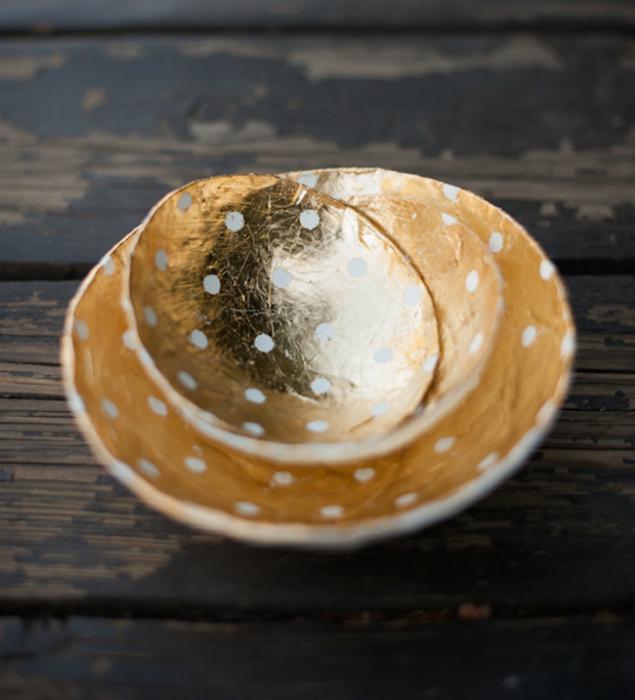 Декоративные тарелки из папье-маше.