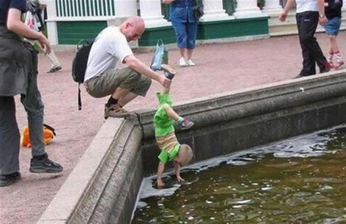 «Надо помыть руки, сынок!» | Фото: .Eternally Sunny.