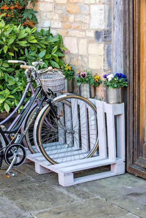 Компактная стойка для велосипедов. | Фото: Pinterest.