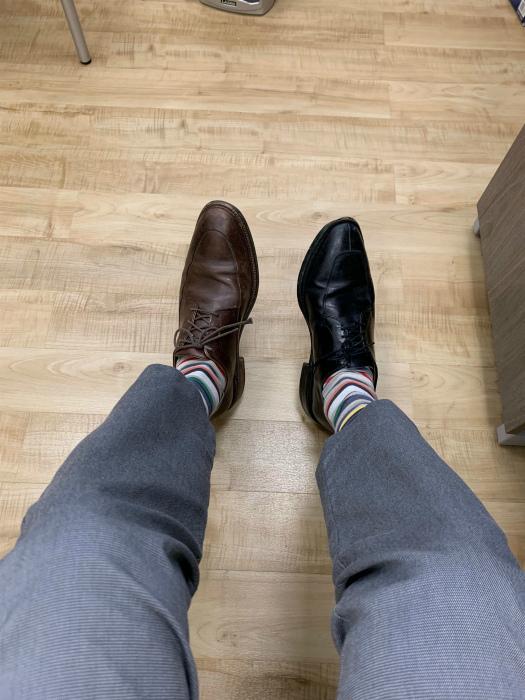 «Больше никогда не буду покупать одинаковые туфли разных цветов!» | Фото: Pinterest.