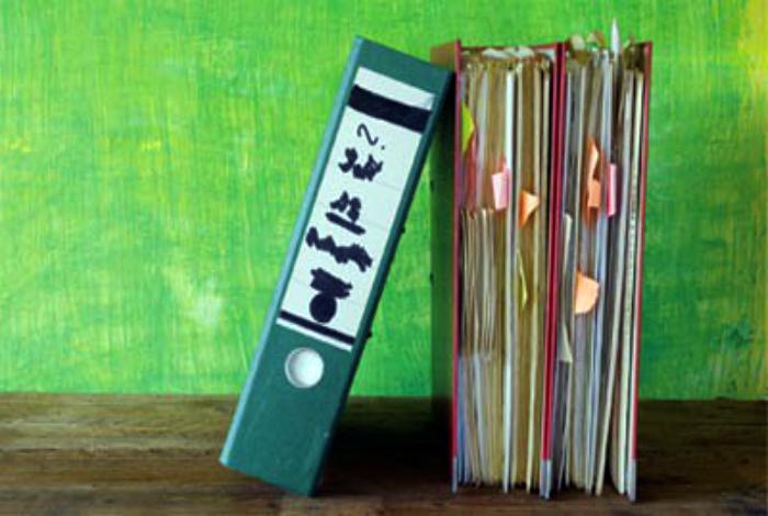 Любовь к папкам и подсчетам. | Фото: Журнал Neue Zeiten.
