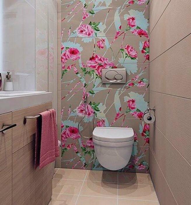 Акцентная стена в санузле. | Фото: Pinterest.